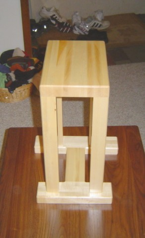 Maple Speaker Stand