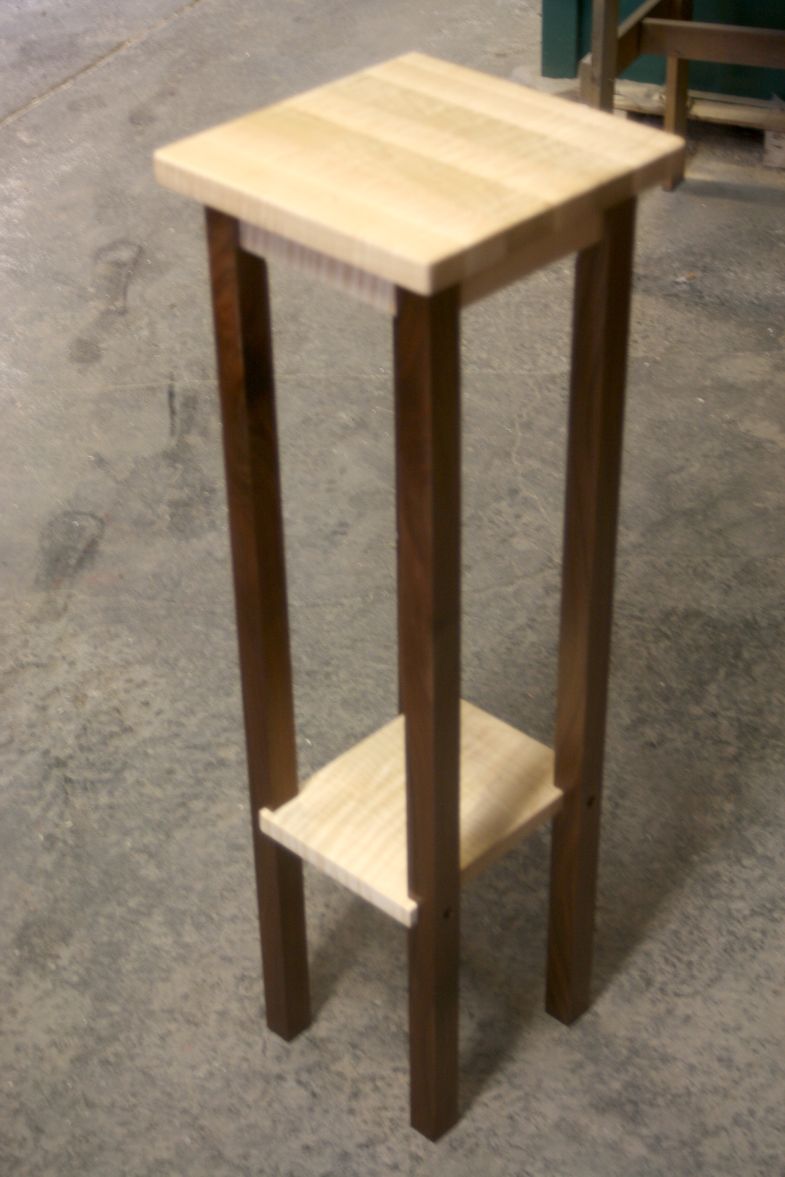 Tall Tiger Maple with Walnut Posts Plant/Speaker Stand