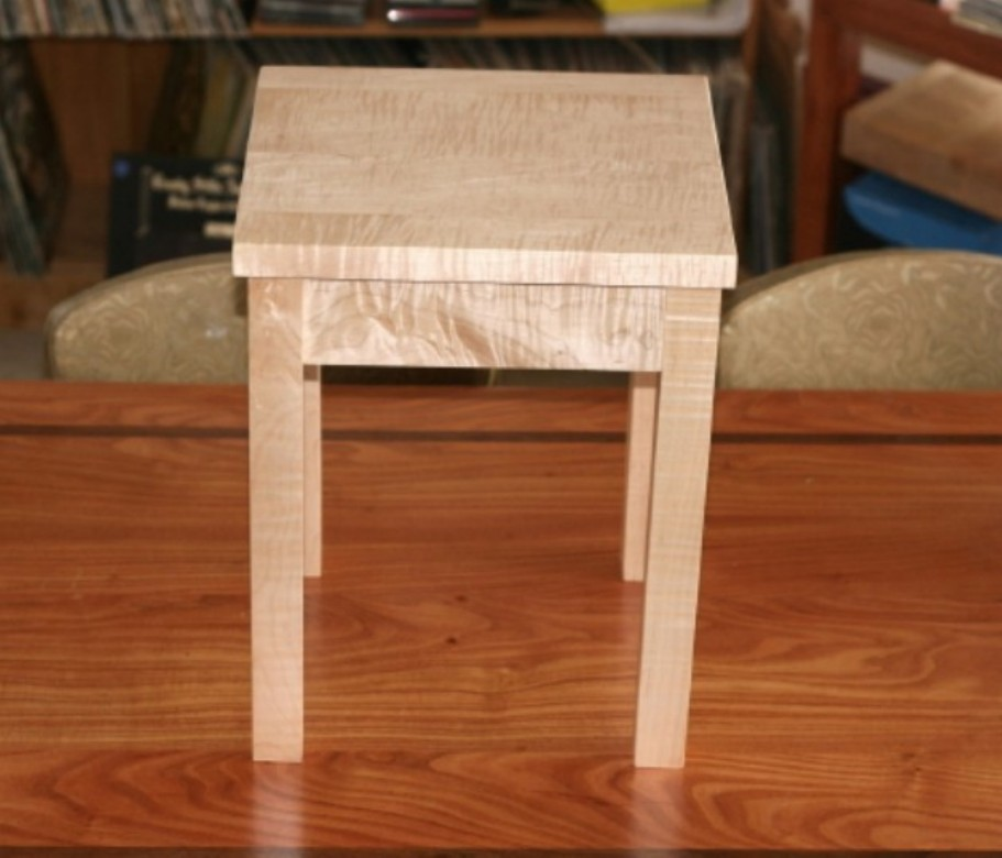 Tiger Maple Speaker Stand